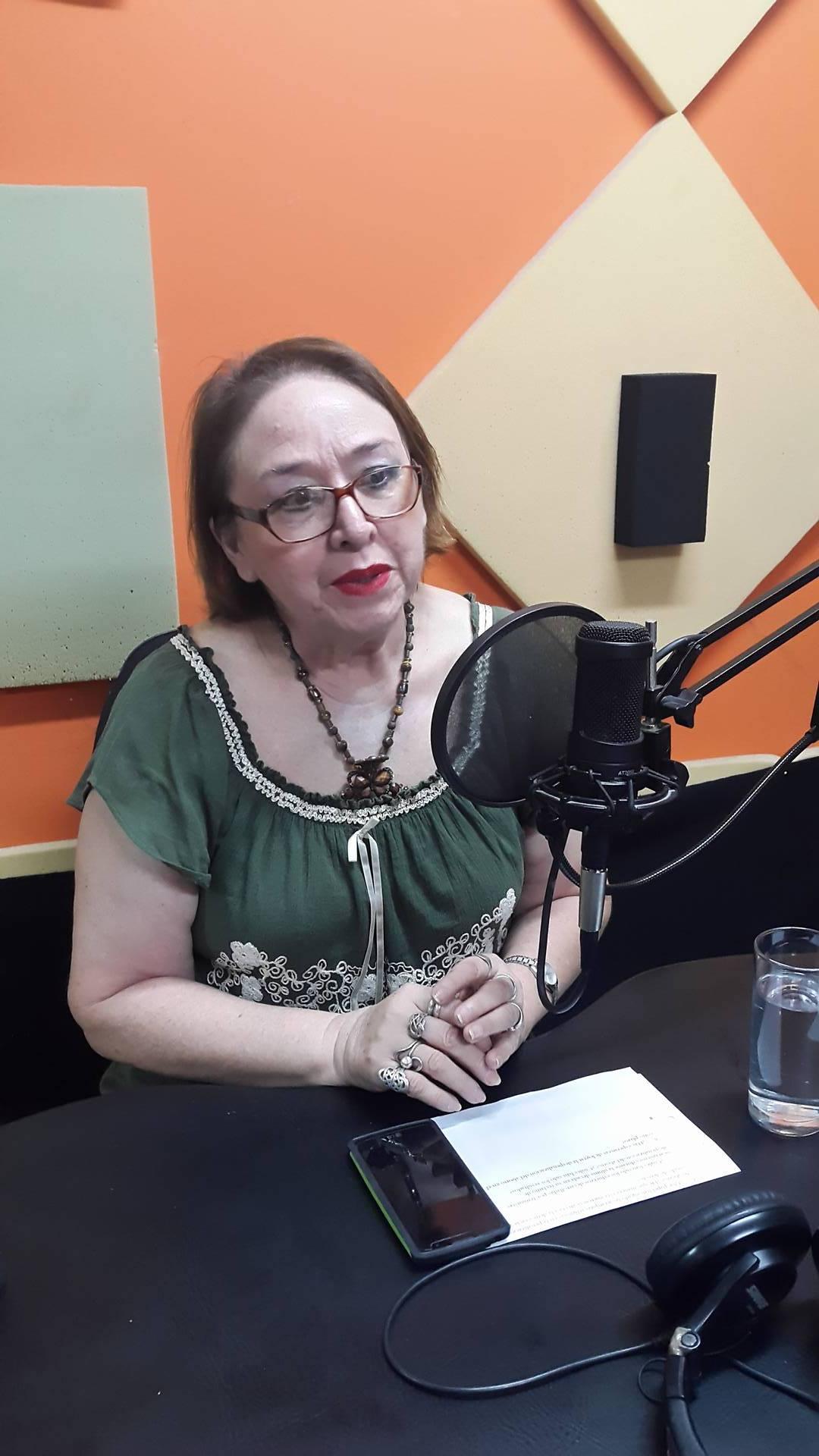 La médica y activista feminista Ana María Pizarro